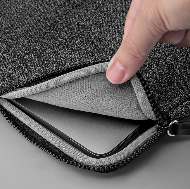 Túi LAUT INFLIGHT Protective Sleeve for MacBook 13-inch